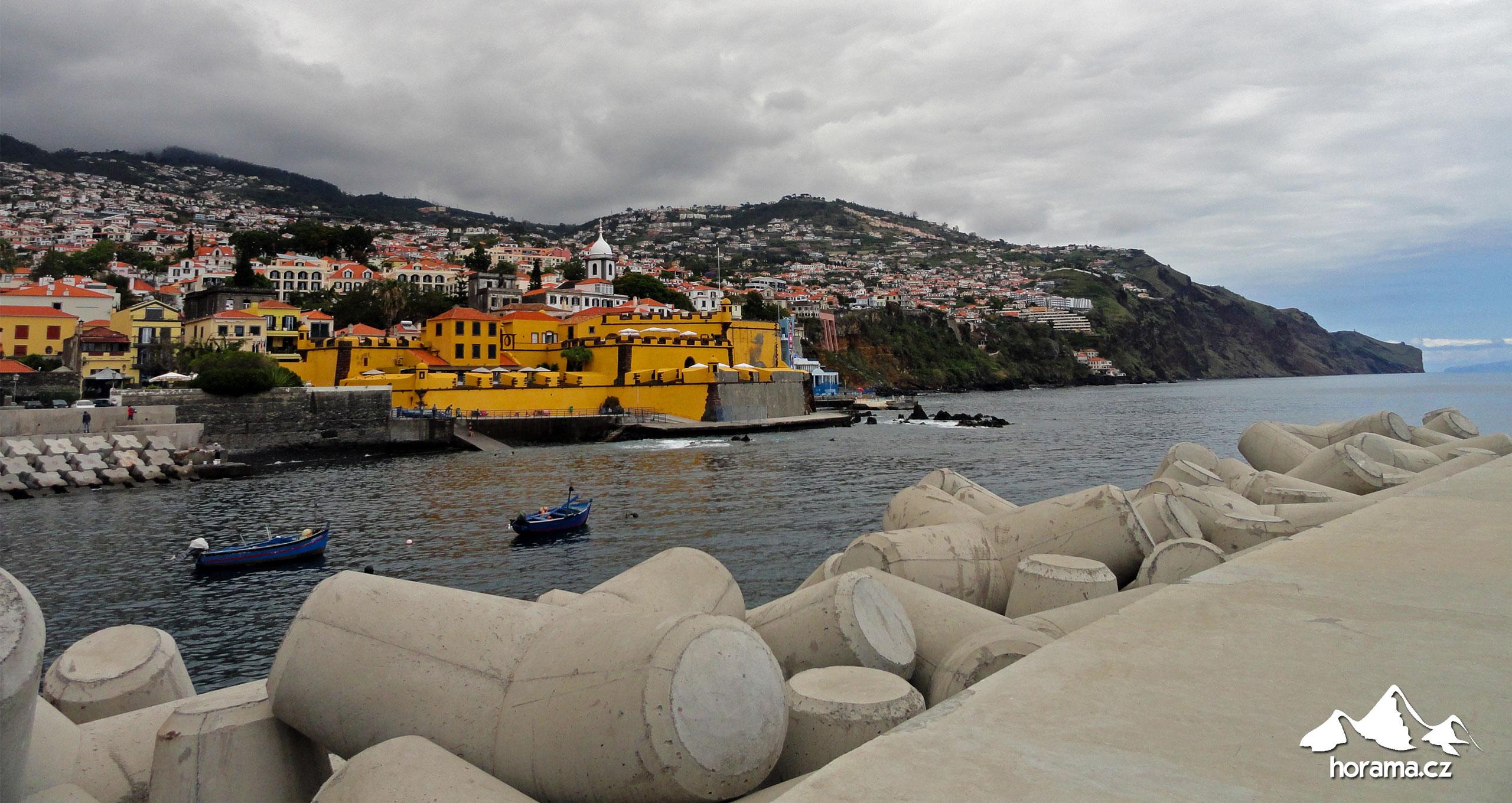 Funchal přístav Madeira