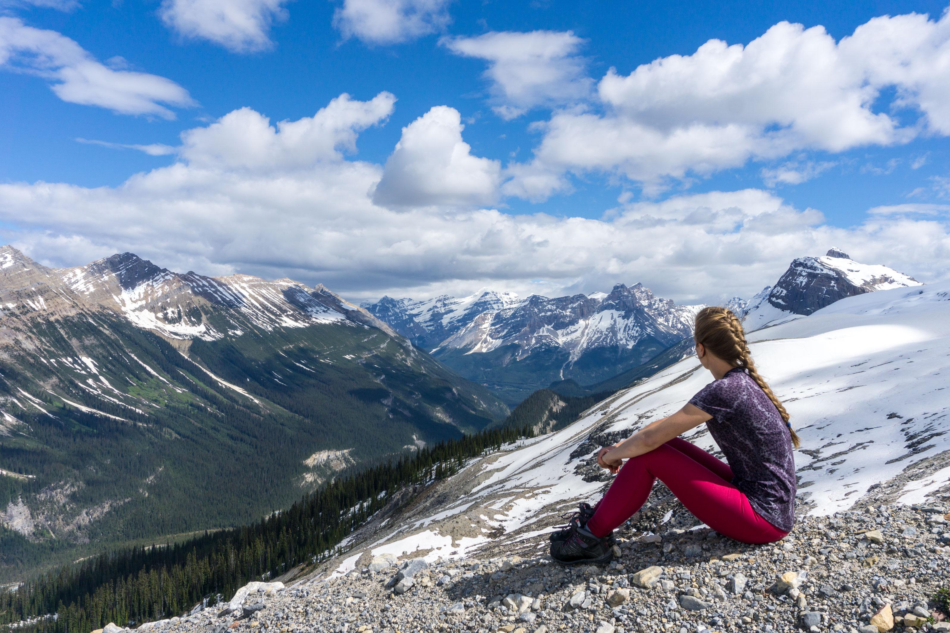 Pár metrů od ledovců nad Yoho Valley na Iceline trailu