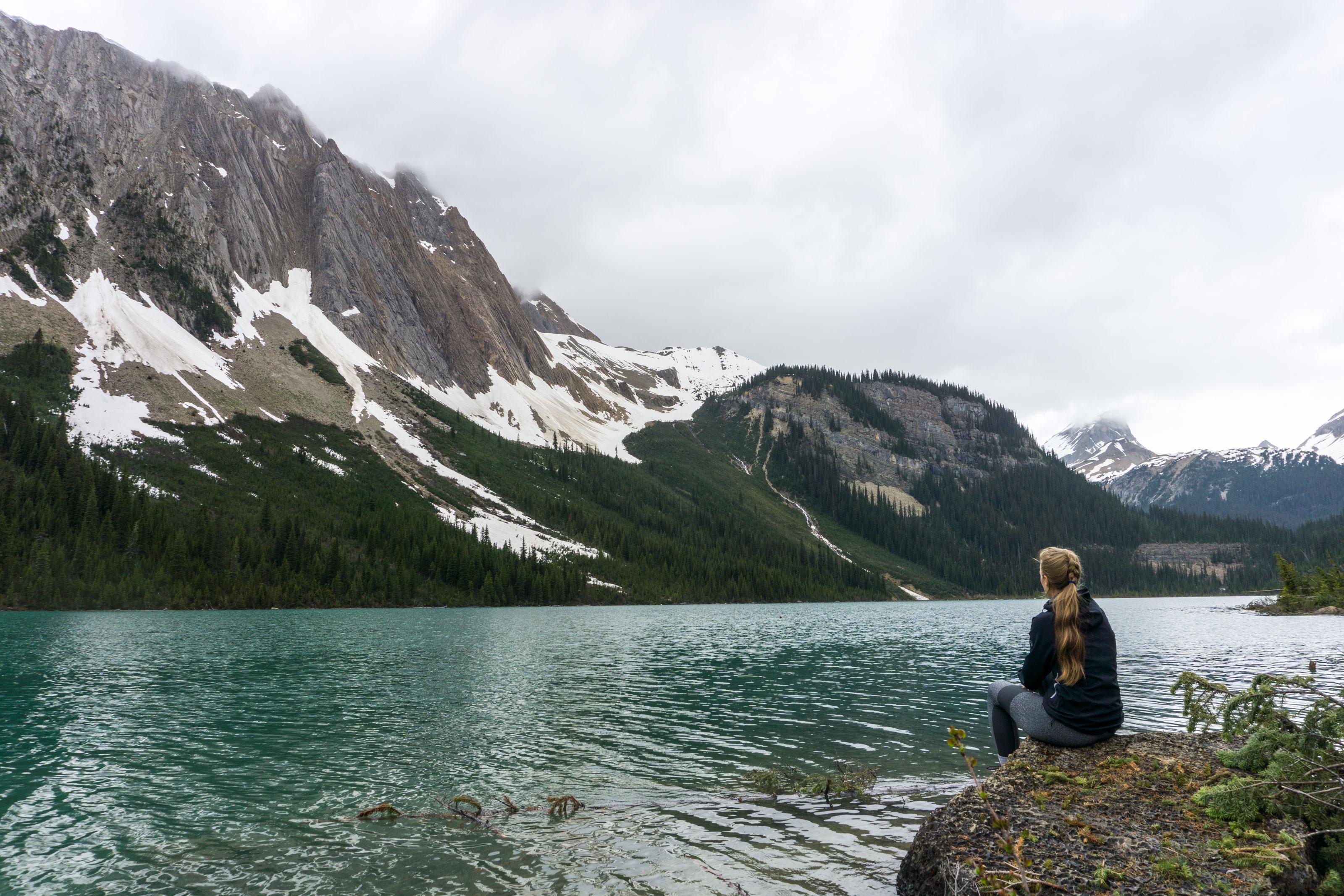 S dešťovým mrakem na Paget Lookout, Emerald a Sherbrooke Lake a Wapta Falls