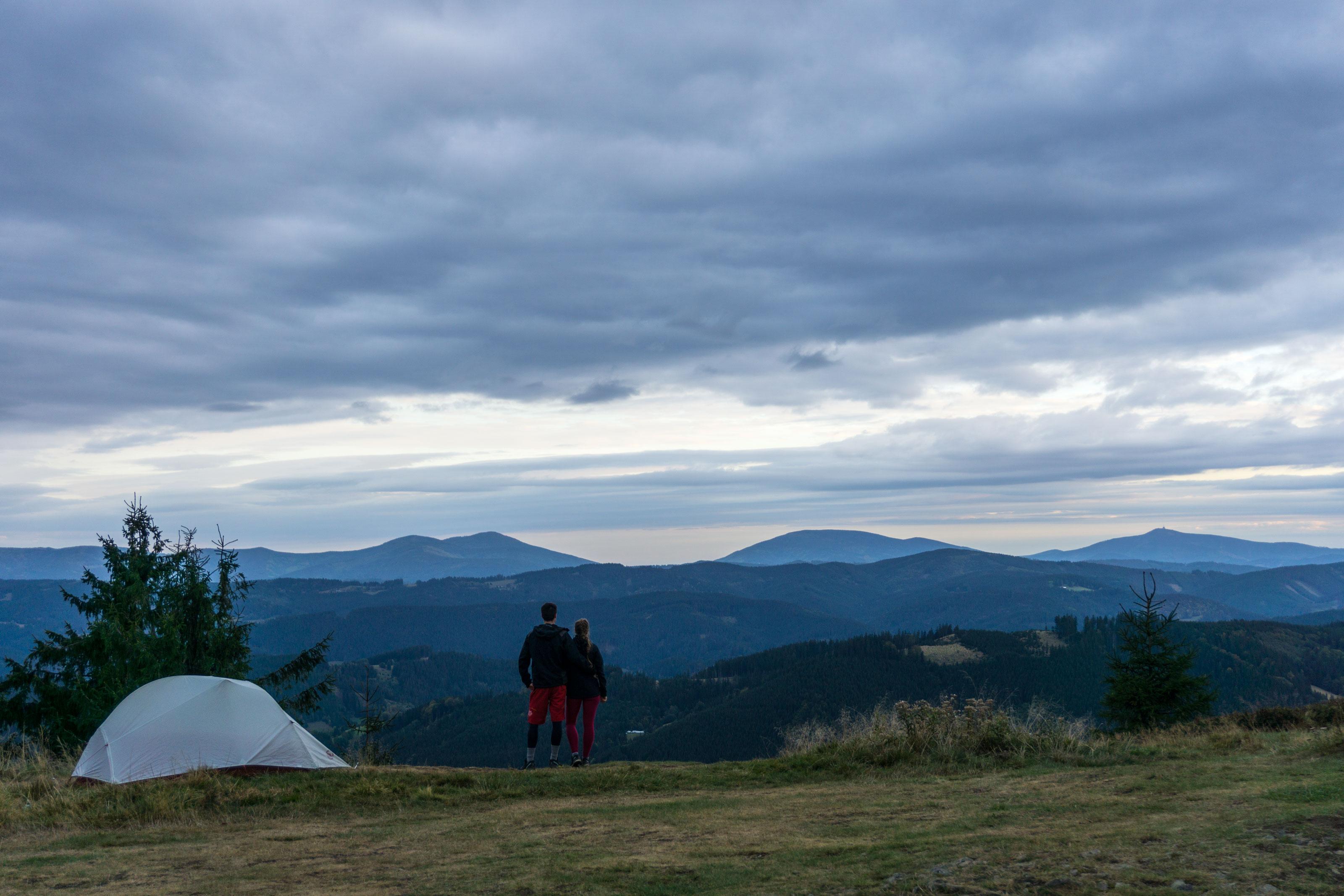 Podzimní putování se stanem po hřebenech Javorníků a Vsetínských vrchů