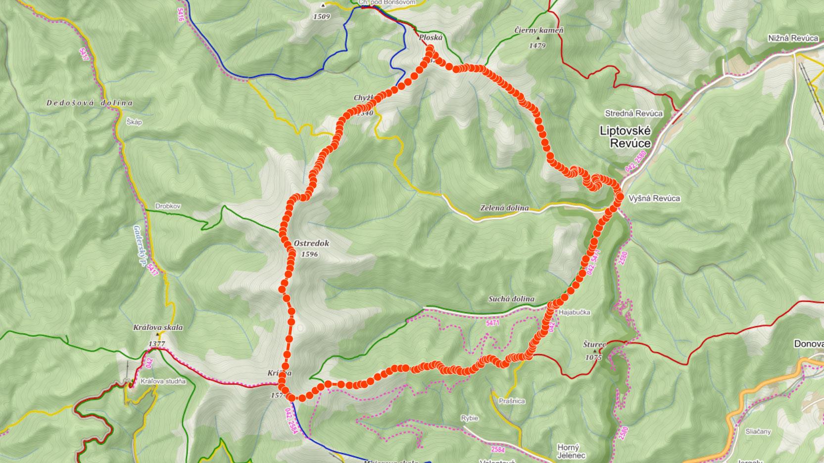 Trasa z Liptovské Revúce na Ploskou, Suchý vrch, Ostredok, Krížnou a Repište na Velké Fatře
