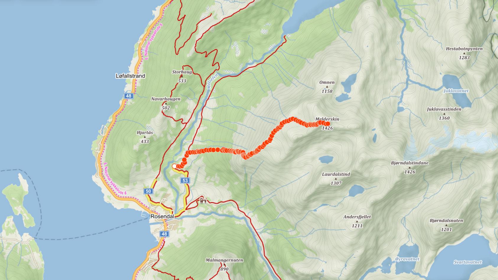 Trasa na horu Melderskin u městečka Rosendal v Norsku