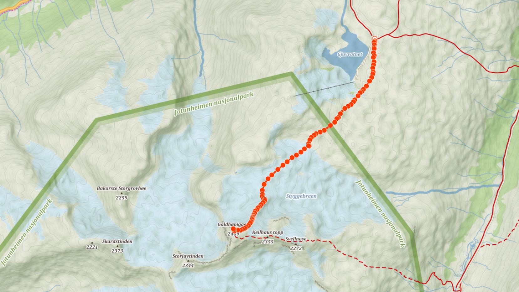 Výstupová trasa na Galhopiggen od chaty Juvasshytta přes ledovec Styggebreen