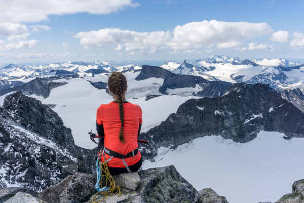 Výstup na Galdhøpiggen, nejvyšší horu Skandinávie, přes ledovec Styggebreen