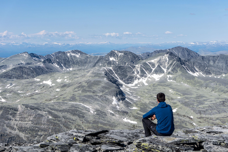 Se stanem na vrcholy Rondeslottet a Vinjeronden v pohoří Rondane