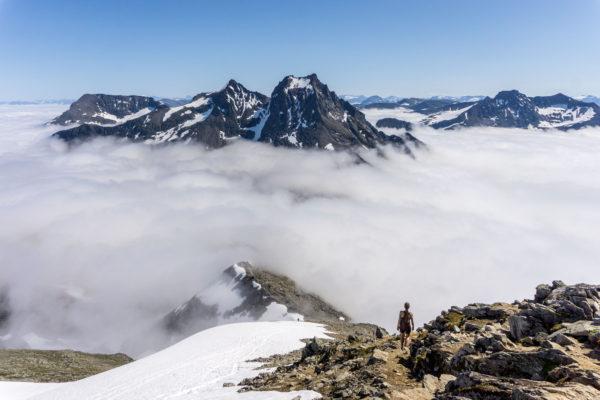 Slogen aneb od hladiny fjordu, přes dešťové mraky k impozantnímu výhledu
