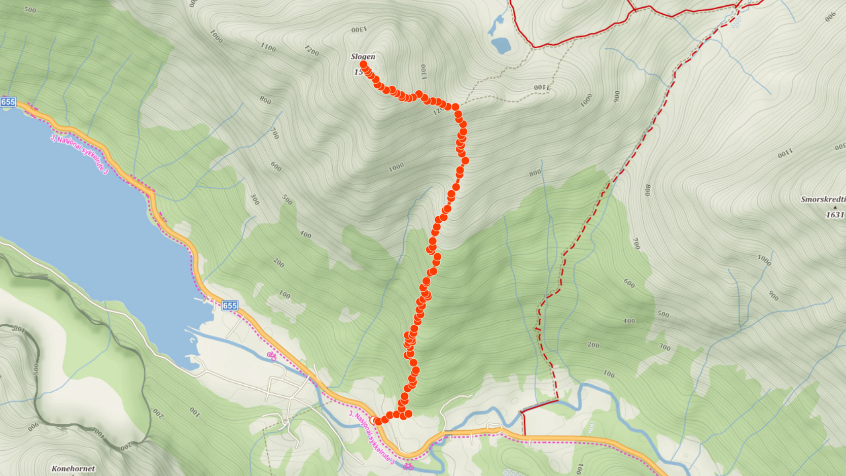 Výstupová trasa na horu Slogen v Norsku