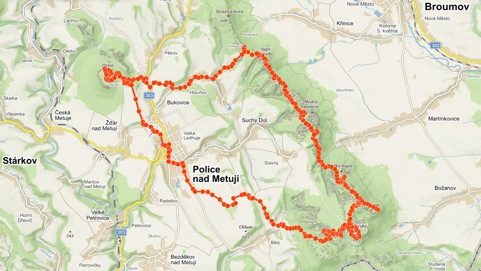 Popisovaný výlet přes Broumovské stěny a skalní město Ostaš