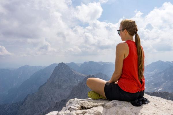 Perný letní výstup na Grosser Priel v Mrtvých horách
