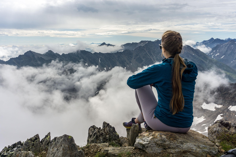 Sulzkogel, lehká třítisícovka ve Stubaiských Alpách