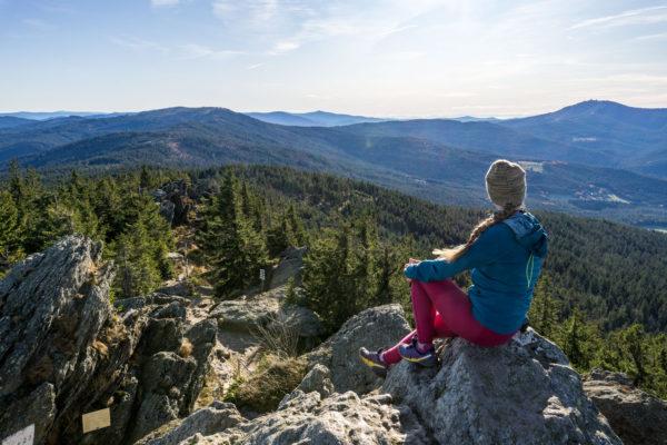 Ve stopách pohraničníků na šumavský Ostrý, Velký Kokrháč a Svaroh