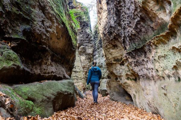 To nejhezčí z Kokořínských skal aneb přes Bludiště a Kokořínský důl na hrad Kokořín
