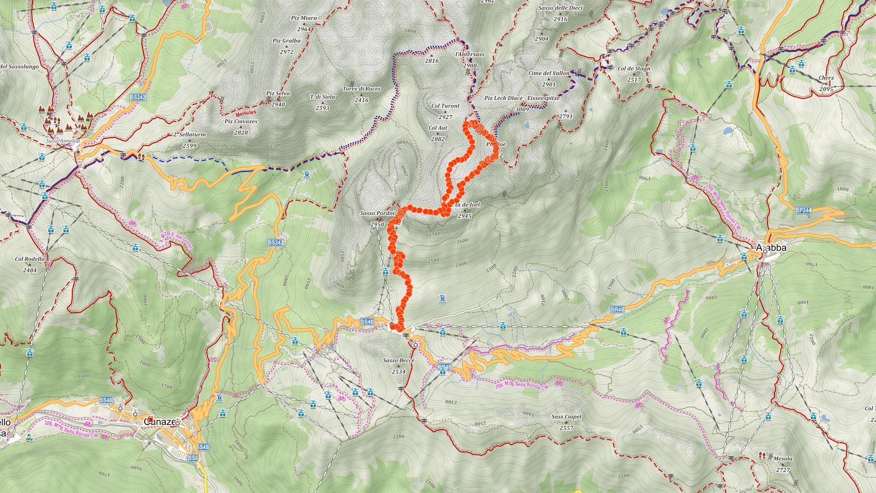 Trasa popisovaného výletu na Piz Boè v italských Dolomitech