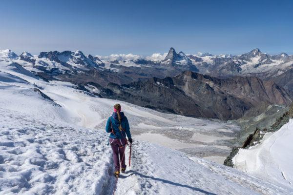 Allalinhorn, naše první čtyřtisícovka a výhled na alpské velikány